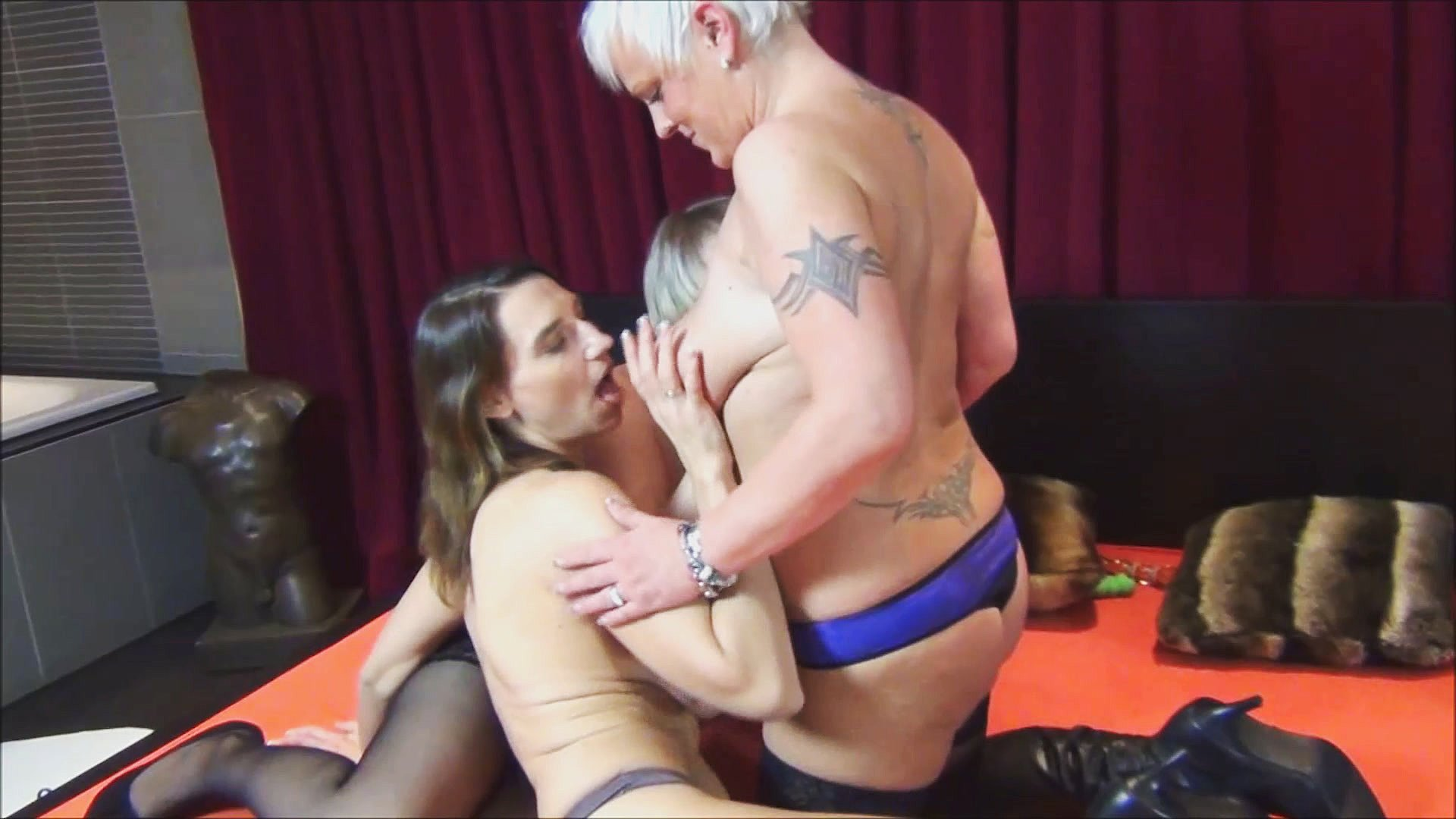 Bigtitts85G