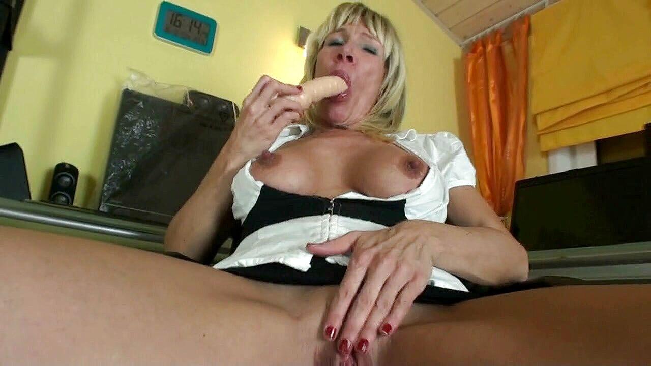 her Barb sat dildo on