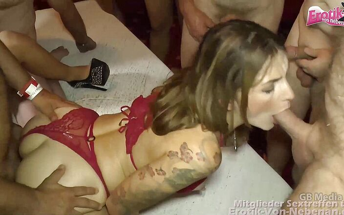 group sex small videos